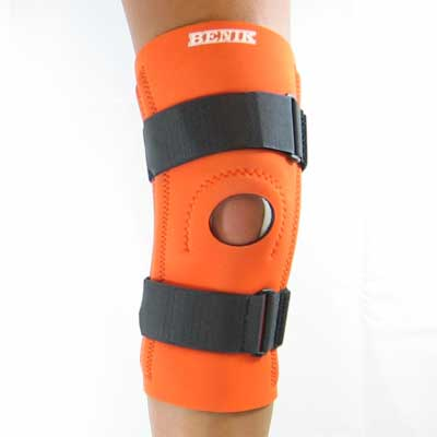 K-201 Knee Sleeve W/Removable Buttress, Spiral Stays and