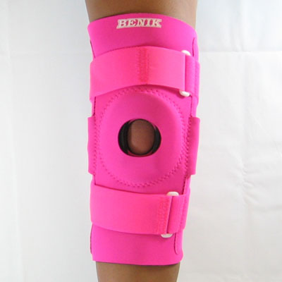 991f8711ed Hinged Knee Brace with Repositionable Buttress in an External Pocket ...